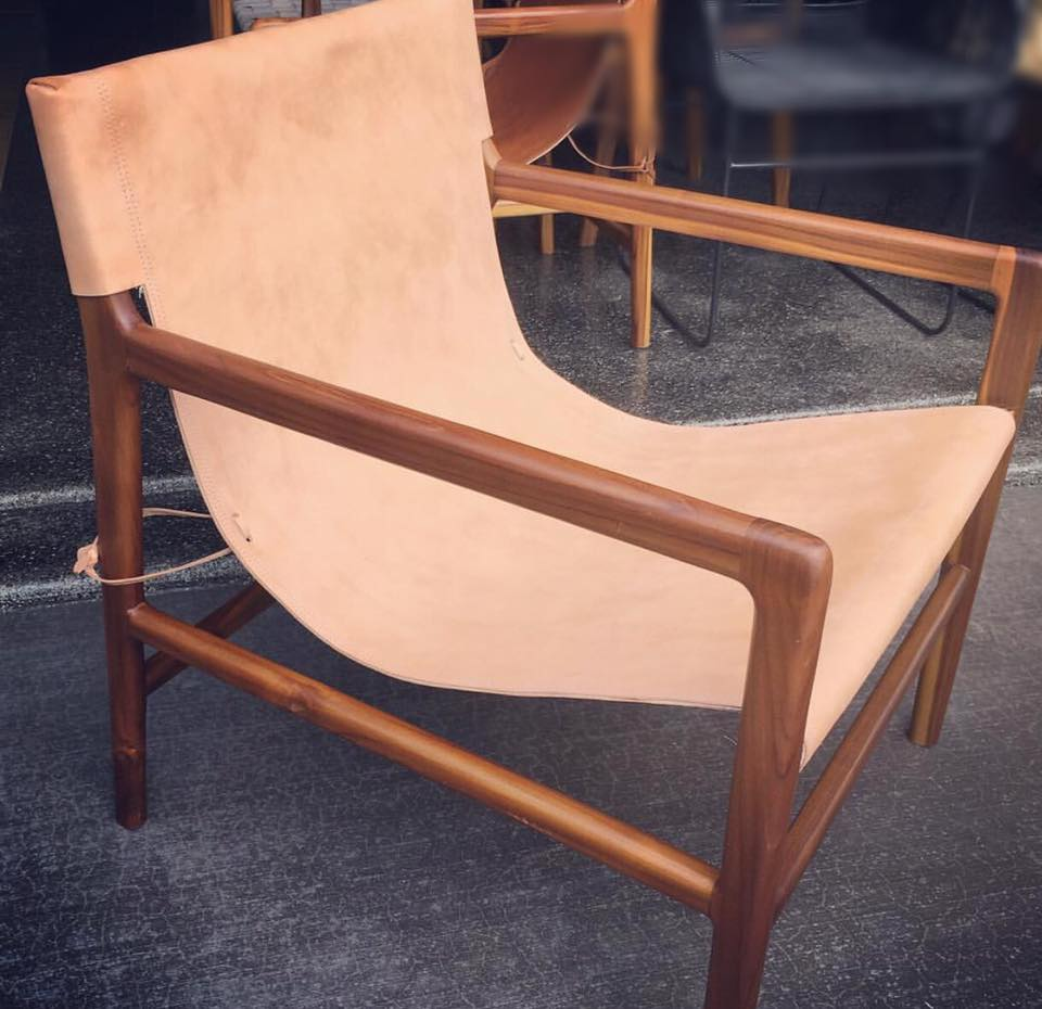 Exceptionnel LOFT Leather Sling Chair ...